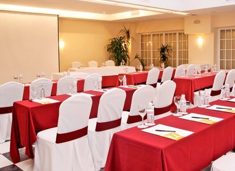 You will find the function room that best suits your ...
